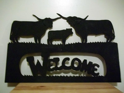 Highland Family Welcome Sign 25 X 15 inches